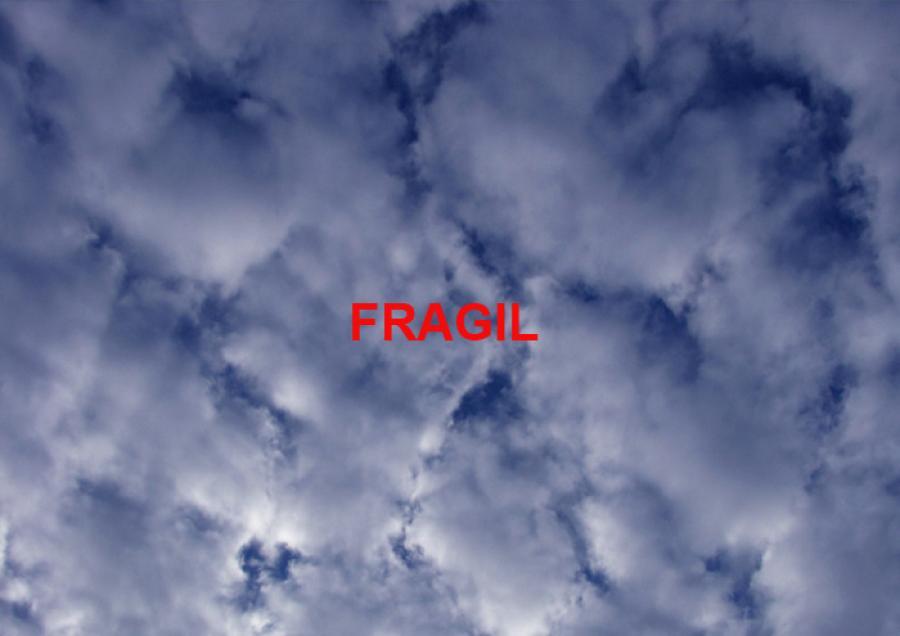 06-FRAGILE-oblaci